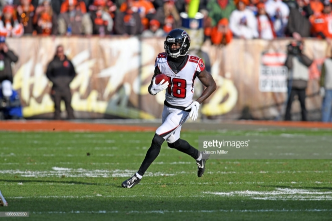 CLEVELAND, OH - NOVEMBER 11: Wide receiver Calvin Ridley #18 of the Atlanta Falcons during the game against the Cleveland Browns at FirstEnergy Stadium on November 11, 2018 in Cleveland, Ohio. (Photo by Jason Miller/Getty Images)
