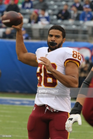 EAST RUTHERFORD, NJ - OCTOBER 28: Tight End Jordan Reed #86 of the Washington Redskins in action against the New York Giants during their game at MetLife Stadium on October 28, 2018 in East Rutherford, New Jersey. (Photo by Al Pereira/Getty Images)